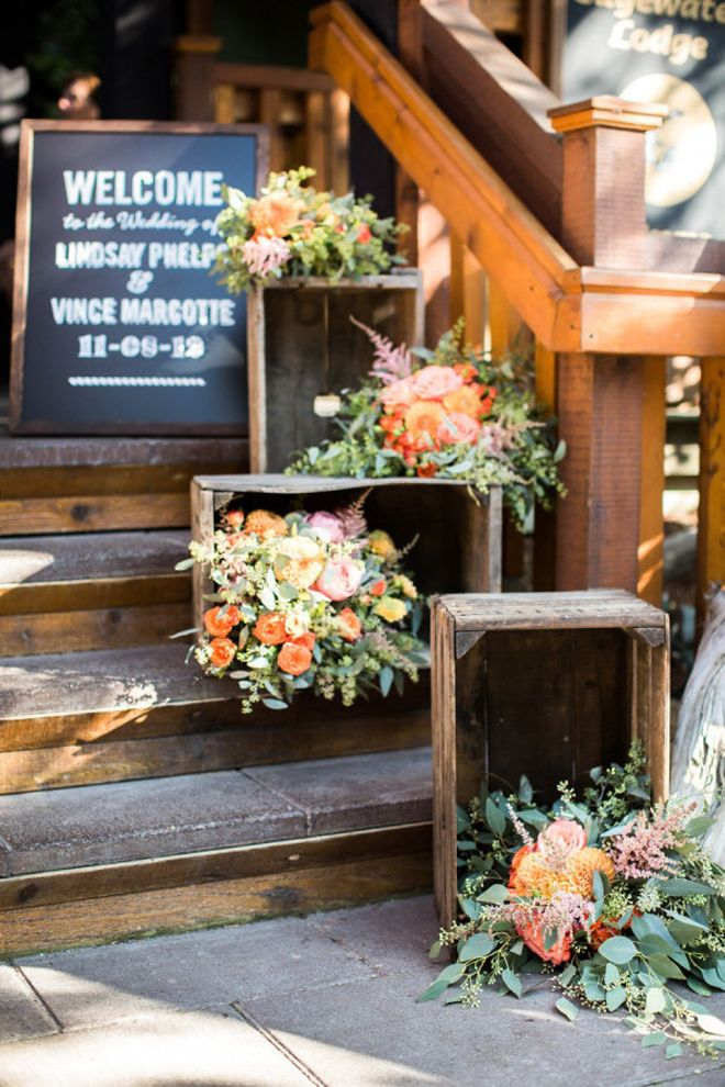 rustic wedding decor | the little lending company