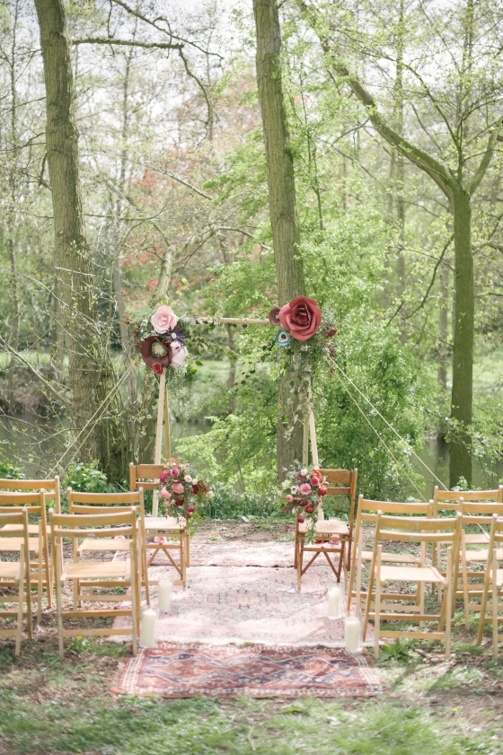 enchanted forest shoot styling vanillaroseweddings plentytodeclare photography-21